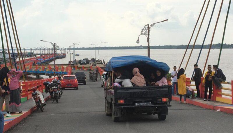 FOTO : Suasana Titian Orang Kayo Mustiko Rajo Alam, yang dulu dikenal WFC pada Minggu (03/01/21)