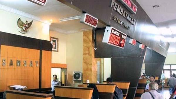 Kantor Samsat Jambi. FOTO : MetroJambi