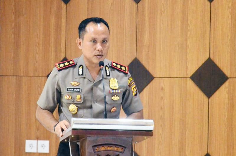 FOTO : Kapolres Tanjung Jabung Barat AKBP Guntru Saputro, SIK, MH