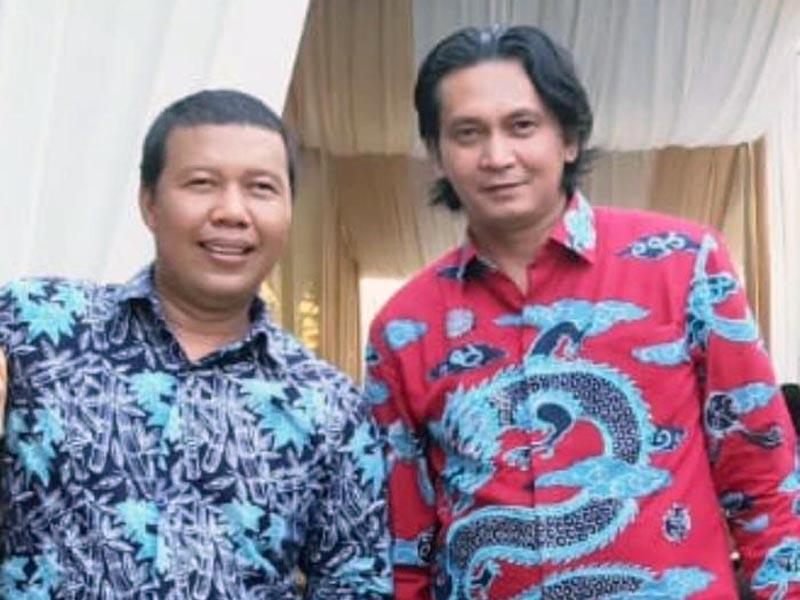 Ferry Irawan, Direktur Perkumpulan Hijau Jambi bersama Romy Hariyanto