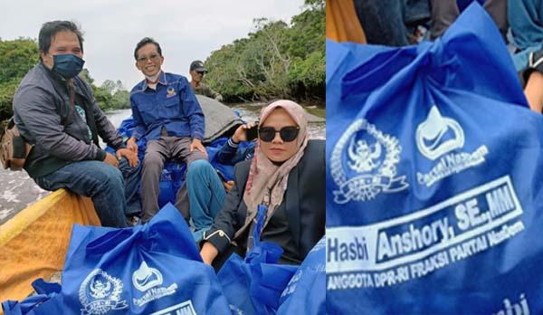 DPR RI Hasbi Ansori Salurkan Bantuan Untuk Korban Kebakaran di Tanjab Timur. FOTO : Nov