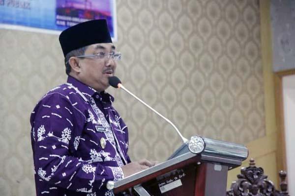 FOTO : Bupati H. Anwar Sadat Membuka Rakor Pelayanan Publik di lingkungan Pemerintah Kabupaten Tanjung Jabung Barat Tahun 2021 di Gedung Balai Pertemuan, Kamis (27/05/21).