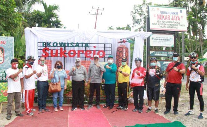 FOTO : Bupati Tanjung Jabung Barat, H. Safrial bersama para OPD terkait melakukan Launching destinasi ekowisata khususnya di Kecamatan Betara, Kelurahan Mekar Jaya. Sabtu (05/12/20).