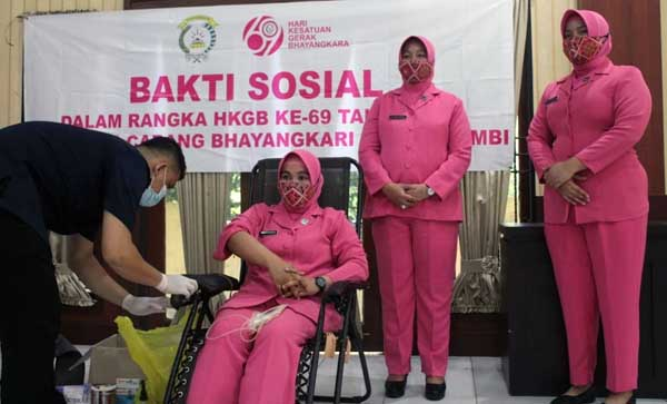 Polres Muaro Jambi Gelar Bhakti Kesehatan Donor Darah, Selasa (29/06/21). FOTO : HUMASRESMUAROJAMBI.