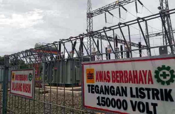 FOTO : Gardu Induk PLN di Muara Sabak
