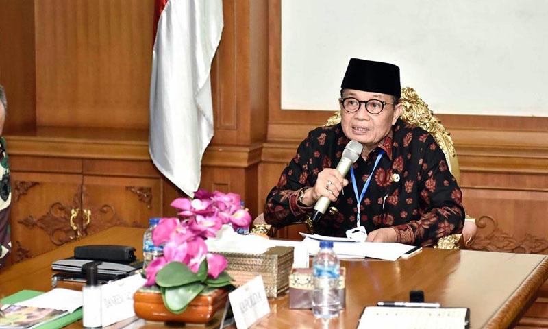 Gubernur Jambi, Dr. H. Fachrori Umar