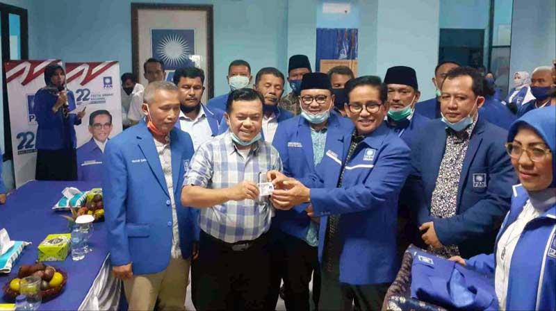 Al Haris Saat Resmi Bergabung dan Menjadi Kader Partai Amanat Nasional (PAN) di kantor DPW PAN, Kamis (03/09/20). FOTO : Istimewa