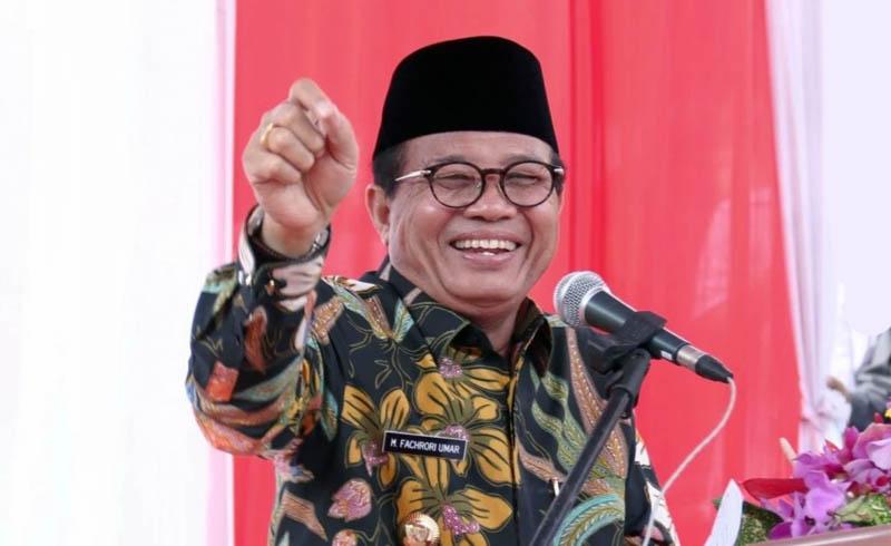 FOTO : Gubernur Jambi, Dr. H. Fachrori Umar/Ist