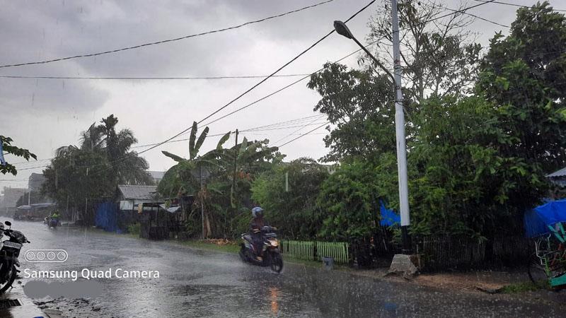 FOTO : Hujasn Diambil di Kuala Tungkal, Selasa (01/09/20) sekitar pukul 16.50 WIB.