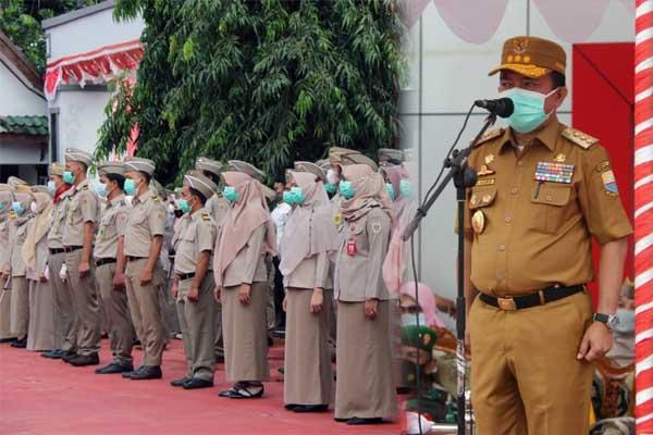 Gubernur Jambi Al Haris Saat Membacakan Sambutan Menteri Agraria pada Upacara HUT Agraria di Jambi, Jumat (24/8/21). FOTO : SYAH