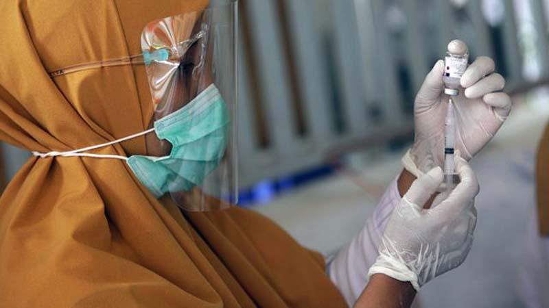Ilustrasi Penyuntikan Vaksin Covid-19/FOTO : BBC/Ist