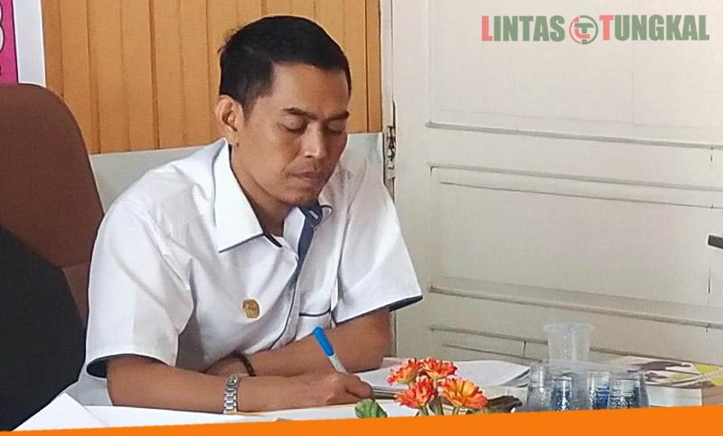 FOTO : Koordinator Devisi Sosdiklihparmas dan SDM, KPU Tanjab Barat M. Ilyas, S.Kom.I