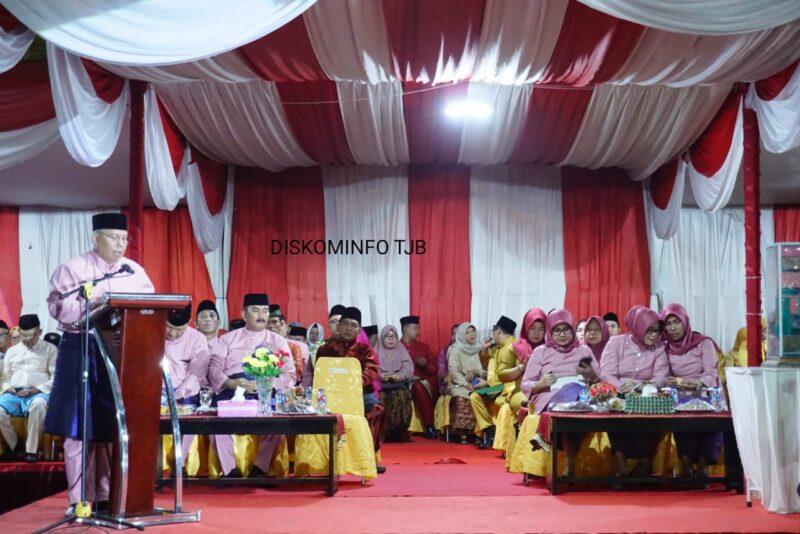 FOTO : Bupati Dr. Ir. H. Safrial, MS Sambutan Membuka MTQ tingkat Kabupaten Tanjab Barat ke 49 Tahun 2019 di Kelurahan Tebing Tinggi Kcamatan Tinggi, Jumat (25/10/19)