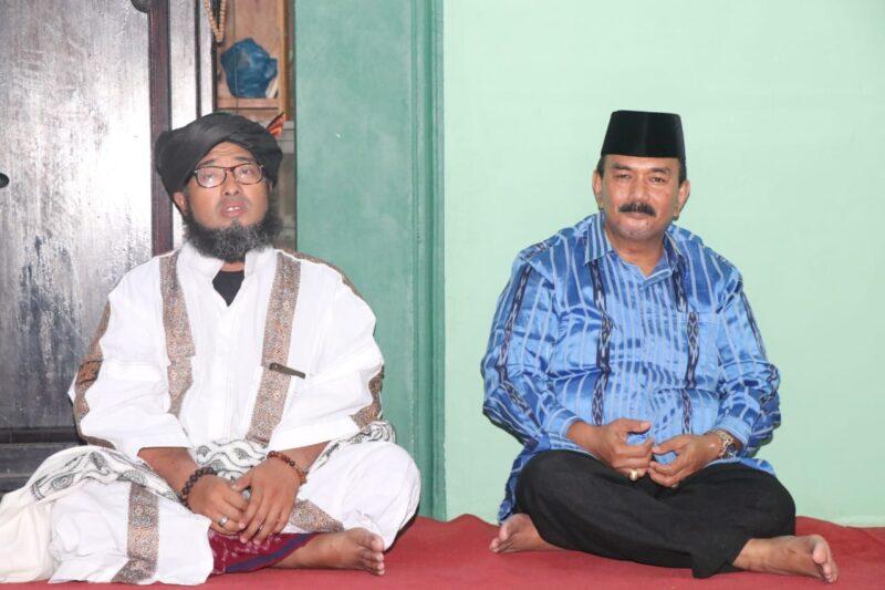 FOTO : Wakil Bupati Tanjab Barat Drs. H. Amir Sakib (kanan) menghadiri Tabligh Akbar dalam rangka memperingati Maulid Nabi Muhammad SAW 1441 H di Mesjid Al- Huda Muhammadiyah, Jl. Manunggal I. Senin (04/11/19)