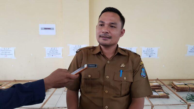 FOTO : Ridwan, SH, Kabid Pengadaan Status dan Informasi Kepegawaian BKPSDM Kabupaten Tanjung Jabung Barat