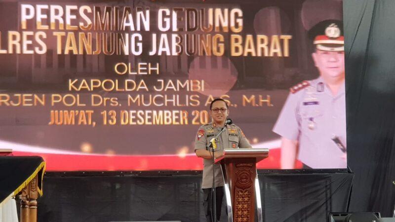 FOTO : Kapolda Jambi Irjen Pol Drs. Muchlis, AS, MH, saat Peresmian Gedung Baru Mapplres Tanjab Barat, Jumat (13/12/19).