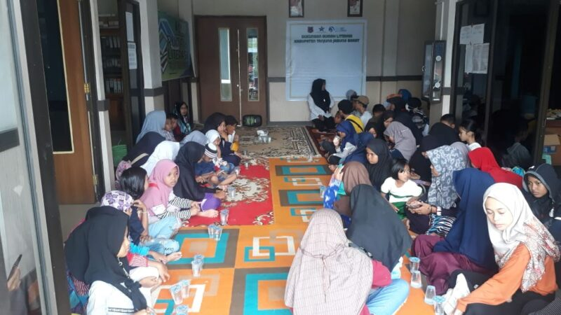 FOTO : Dok. Dinas Perpustakaan dan Kearsipan Kabupaten Tanjab Barat 2020