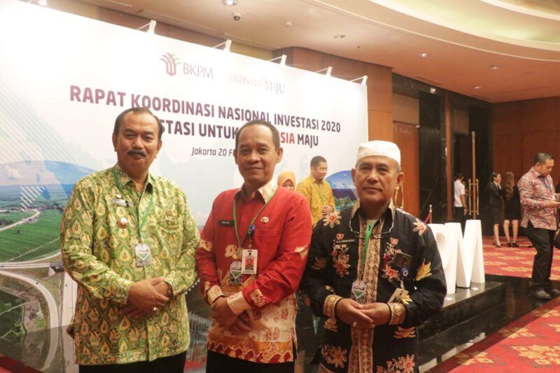 FOTO : Wakil Bupati Tanjab Barat Drs. H. Amir Sakib Saat Hadiri Rapat Kerja Nasional Investasi 2020 di Hotel Rizz Charthon Jakarta, Kamis (20/02/20).