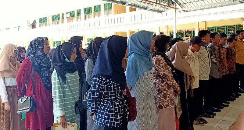 FOTO : Calon PPS Tahap Pertama Ujian Tertulis pada Minggu 1 April 2020