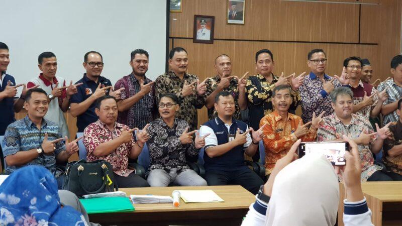 FOTO : Kepala BPS Wasi Riyanto pada Rapat Koordinasi Tim Pokja SP2020 dihadiri oleh Tim Pokja Eksternal dari perwakilan 25 OPD di Kabupaten Tanjung Jabung Barat di Kantor Bappeda Tanjab Barat, Jumat (06/03/20)