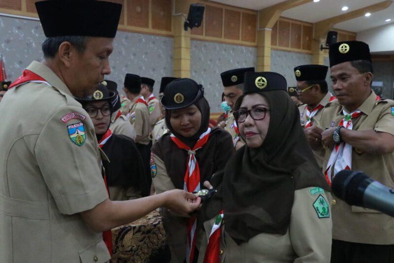 FOTO : Sekretaris Daerah Tanjung Jabung Barat, Ir. H. Agus Sanusi Melantik Majelis Pembimbing dan Pengurus Saka Bakti Husada Tingkat Cabang Tanjung Jabung Barat masa bakti 2020-2025, Senin (23/03/20).