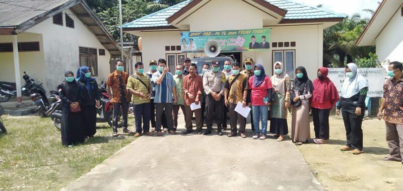 FOTO : Posko Siaga Covid-19 Di Kantor Desa Suka Damai Kecamatan Tebing Tinggi, Sabtu (28/03/20).
