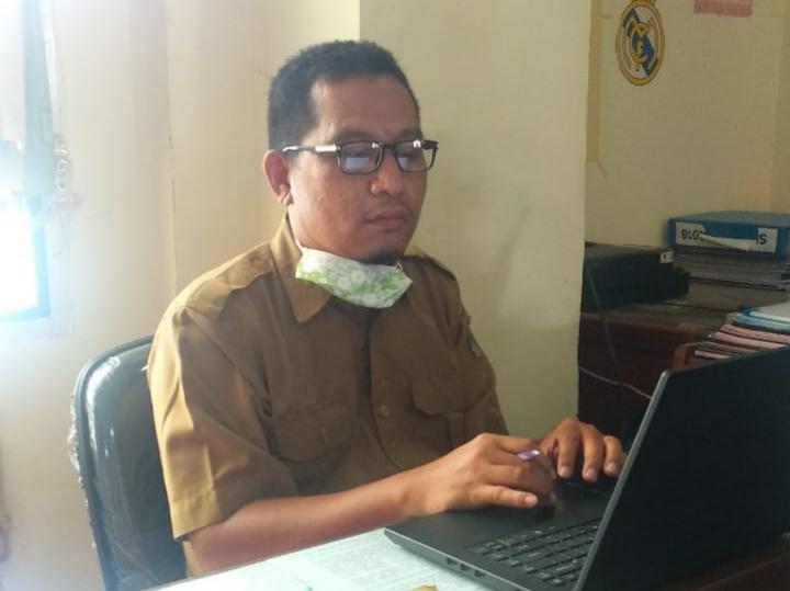 FOTO : Kasi SMP Dinas Pendidikan dan Kebudayaan Tanjab Barat, Epi Hariyanto,