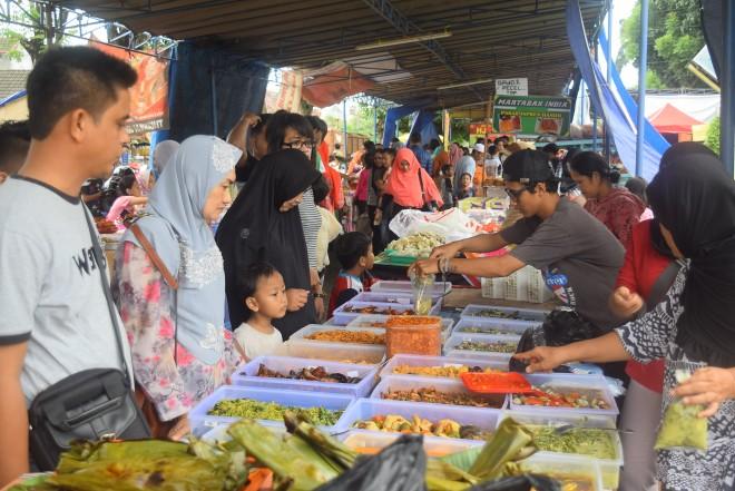 FOTO : Gambaran Pasar Beduk Ramadhan
