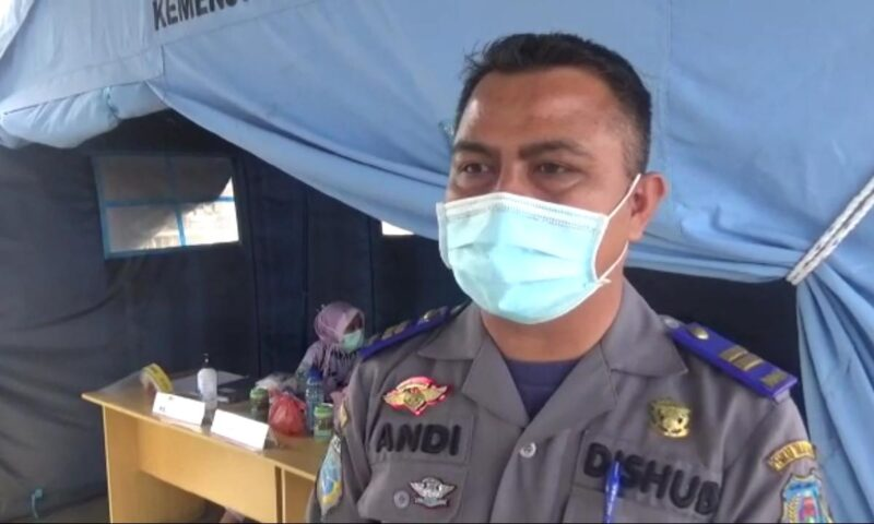 FOTO : Andi Rusmanto, A.Md, Kepala UPT Pengawalan Prasarana Dishub Tanjab Barat selaku Penanggung Jawab Operasional Pelabuhan LASDP.
