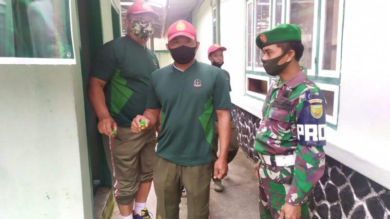 FOTO : Personil TNI AD Kodim 0417/Kerinci Secara Mendadak Dites Urine, Jumat (03/07/20)