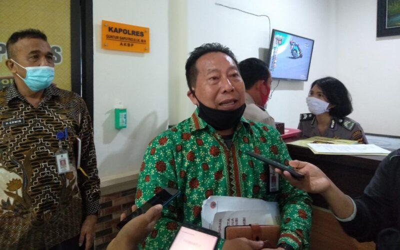 FOTO : Kepala Pelaksana BPBD Tanjabbar Drs. Zulfikri, MM