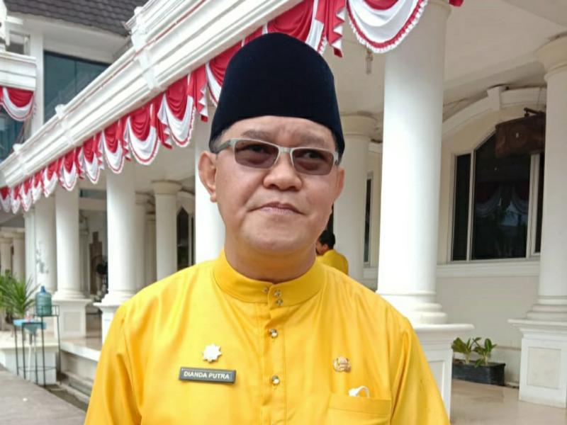 FOTO : Kepala Disnaker Tanjabbar, Dianda Putra, S.STP, M.Si