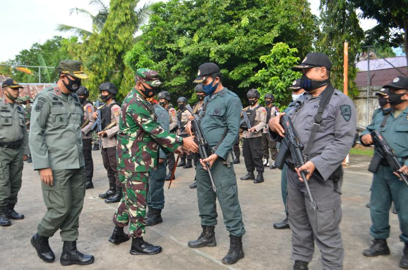 FOTO : Pelepasan Pemberangkatan Tim Gabungan Operasi Pengamanan Peredaran Hasil Hutan di Kantor Kehutanan Prov Jambi, Selasa (01/09/20)