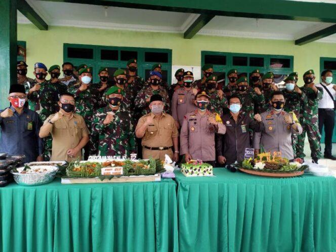 FOTO : Bupati Tanjung Jabung Barat Dr. H. Safrial Saat Hadiri Perayaan HUT TNI ke 75 di Makodim 0419/Tanjab, Senin, (05/10/20).