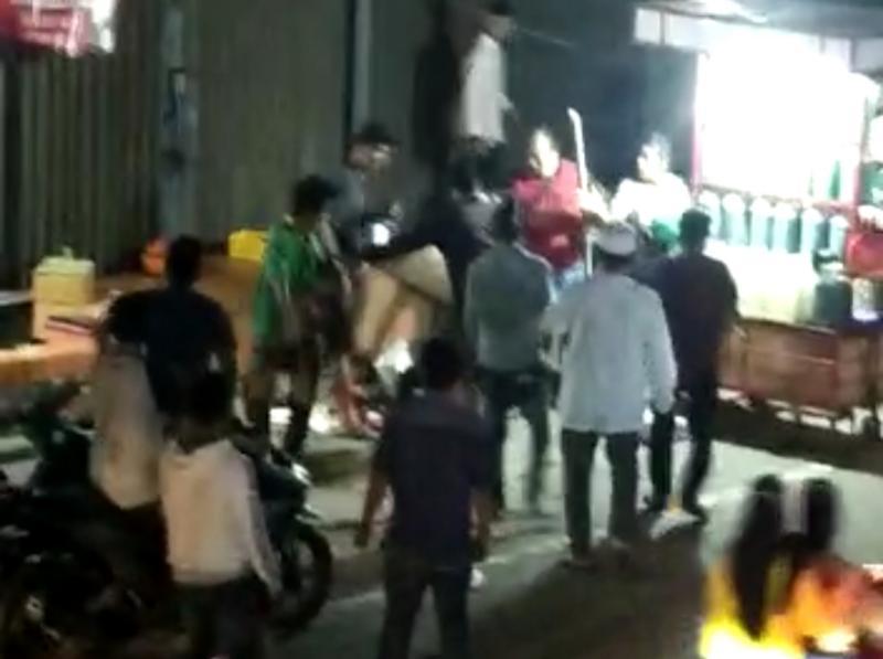 FOTO : Caption Perkelahian dari Video Beredar