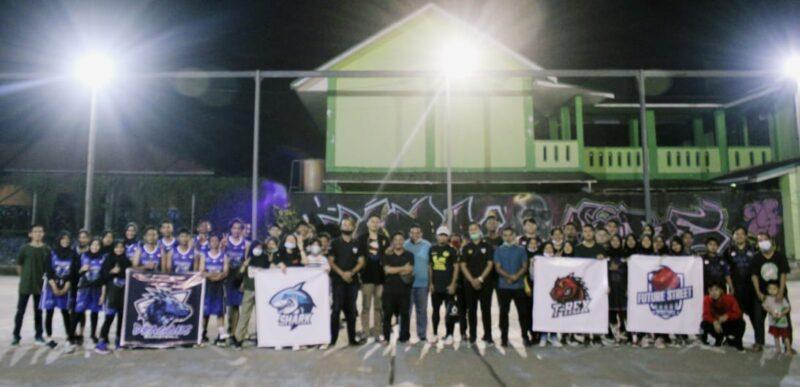 FOTO : Pembukaan Kejuaraan Incredible Teenager Basketball League (ITBL) musim 2020/2021 oleh Ketua Komite Nasional Pemuda Indonesia (KNPI) Tanjab Barat, Dadang Ginanjar, S.IP, Jumat (13/11/20)
