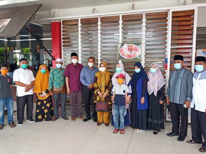 FOTO : Dokumentasi Saat Berada di Padang Sumatera Barat.