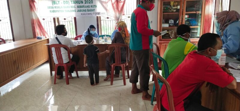 FOTO : Pelaksanaan Rapit Test Terhadap KPPS di Tanjab Barat