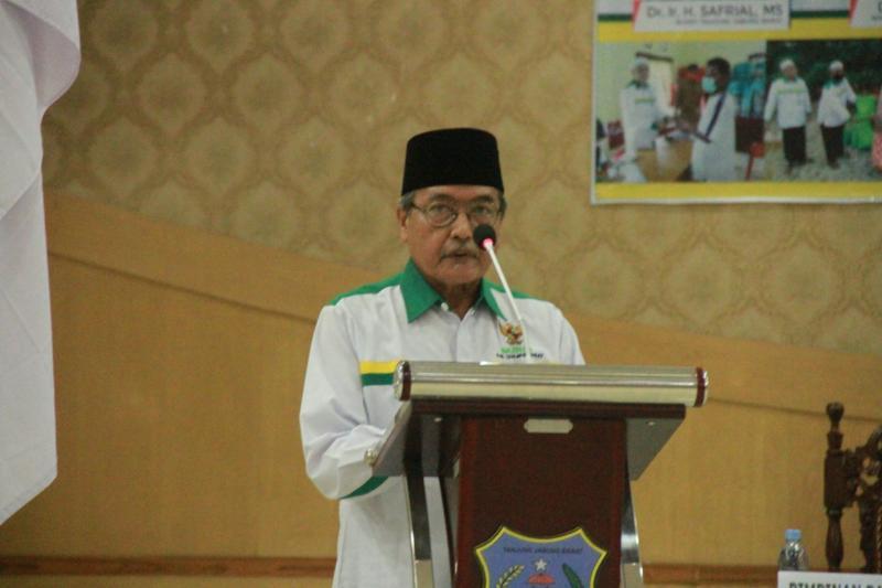 FOTO : Wakil Ketua Baznas Tanjab Barat, Drs. H. Syahrudin Awan/Hms
