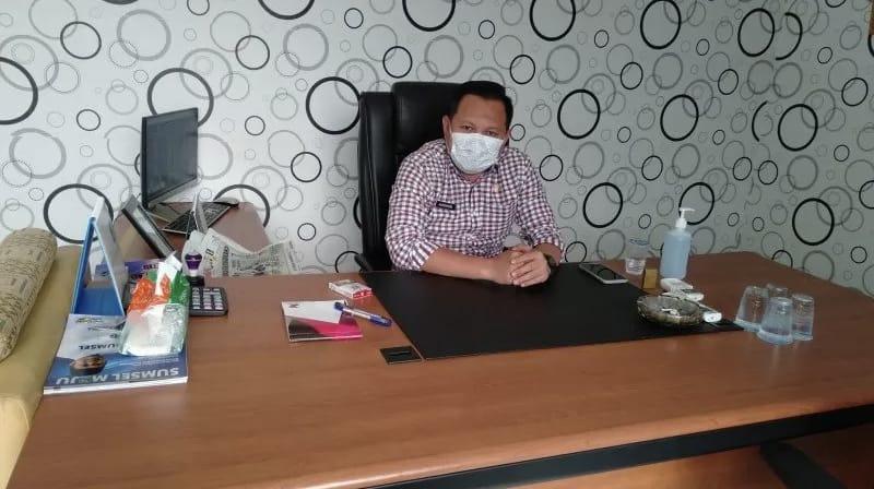 Kepala UPTB Samsat OKU 1, Humaniora Basili Basmark. FOTO : ANTARA