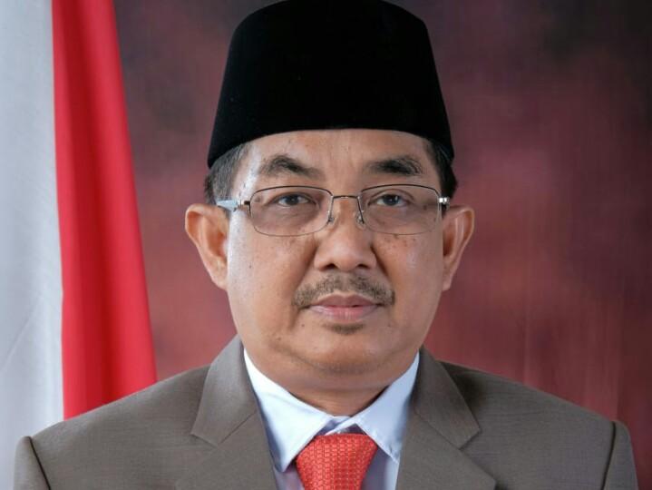 FOTO : Drs. H. Anwar Sadat, M.Ag, Bupati Tanjab Barat/Ketua DPD PAN Tanjab Barat