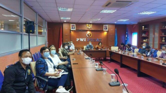 PWI Pusat Sambut Baik Webinar Pemanfaatan FABA untuk Pembangunan Ekonomi. FOTO : Isimewa