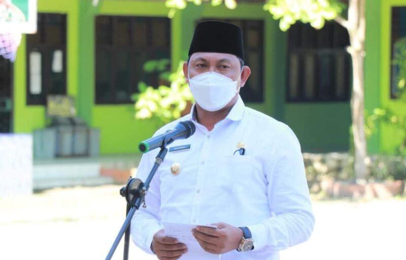 Wabup Hairan Saat Hadiri Acara Permohonan maaf siswa kelas XII SMAN 1 Tanjung Jabung Barat. FOTO : Prokopim.