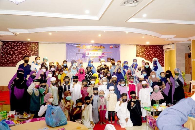 Kegiatan IGI Tanjabbar, MRI dan SFY Gelar Buka Bersama dan Santunan Anak Yatim, Sabtu (01/05/21). FOTO : IGI Tanjab Barat.