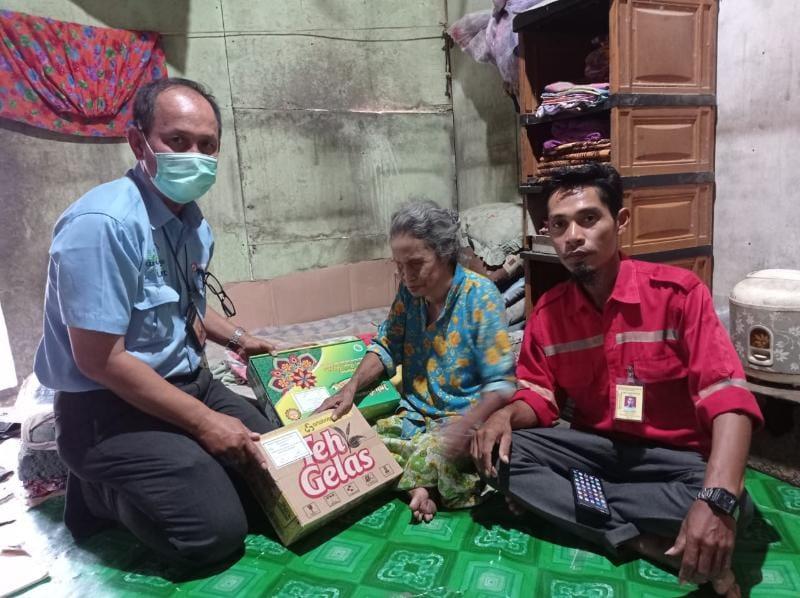 PT LPPPI Bagikan Ribuan Paket Bingkisan Hari Raya Untuk Masyarakat Tebing Tinggi. FOTO : LPPPI