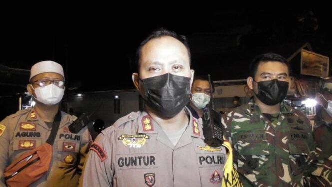 Kapoldes dan Dandim 0419/Tanjab Pimpin Malam memyambut lebaran Idul Fitri 1442 H di Kota Kuala Tungkal dalam Pengamanan terpadu Ops Ketupat 2021, Rabu (12/05/21).