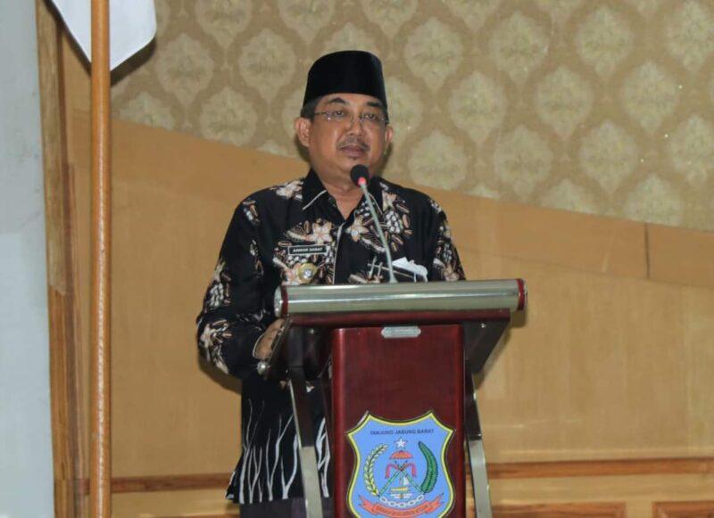 Bupati H. Anwar Sadat Buka Sosialisasi Kerjasama Luar Negeri dan Monitoring Evaluasi Kerjasama di Gedung Balai Pertemuan Kantor Bupati, Senin (07/06/21). FOTO : Prokopim.