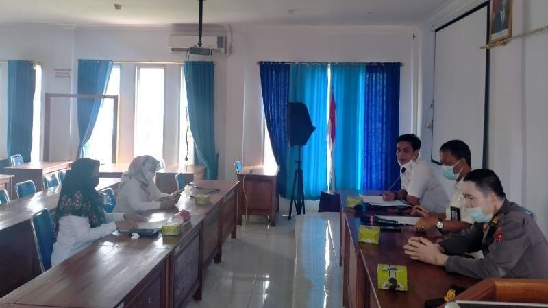 Rapat Koordinasi Persiapan Pelaksanaan Sosialisasi Pilkades Serentak 2022 di Dinas PMD, Rabu (09/06/21). FOTO : ZN