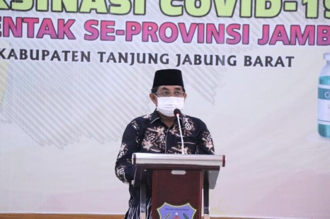 Bupati H Anwar Sadat Saat Sambutan Kegiatan Vaksinasi Terhadap ASN dan Honorer, Sabtu (26/06/21). FOTO : Prokopim.