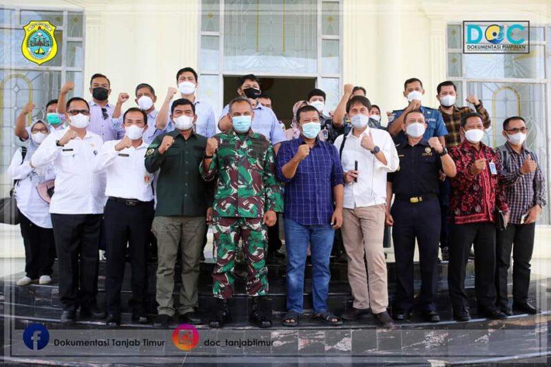 Bupati Tanjabtim Romi Hariyanto Buka Rakor Ekspor Pinang Melalui Pelabuhan Muara Sabak, Selasa (30/06/21). FOTO : PROKOPIM TJT.
